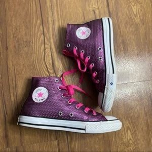 Converse High Top Chuck Taylors Kid's Size 3